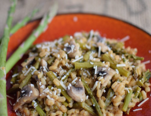 Pearl Barley Asparagus Risotto | www.vegetariant.com