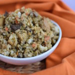 Vegetarian Sourdough Cornbread Stuffing | www.vegetariant.com